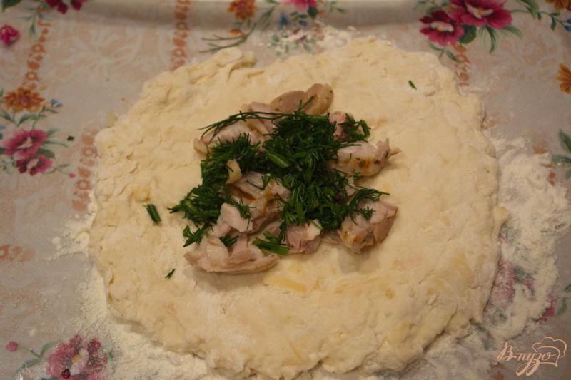 Фото приготовление рецепта: Аля осетинский пирог, но без дрожжей шаг №4
