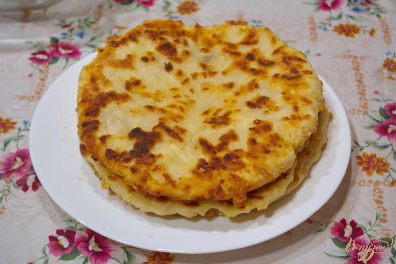Фото приготовление рецепта: Аля осетинский пирог, но без дрожжей шаг №7