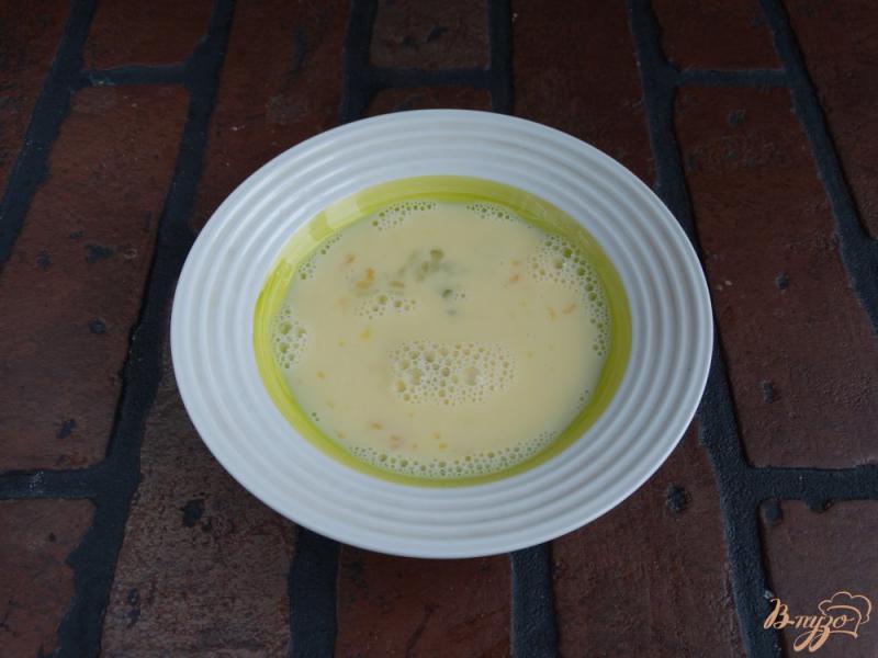 Фото приготовление рецепта: Сладкие гренки с творогом и манго шаг №2