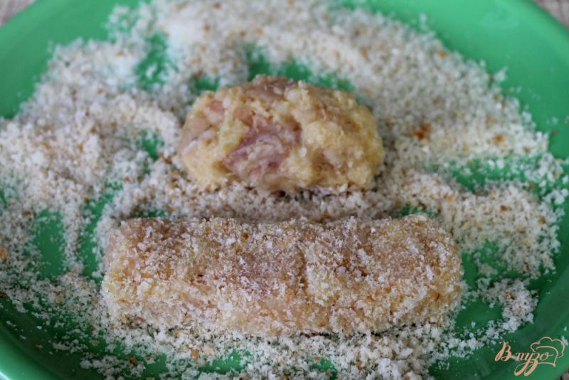 Фото приготовление рецепта: Рыбные палочки в духовке шаг №5