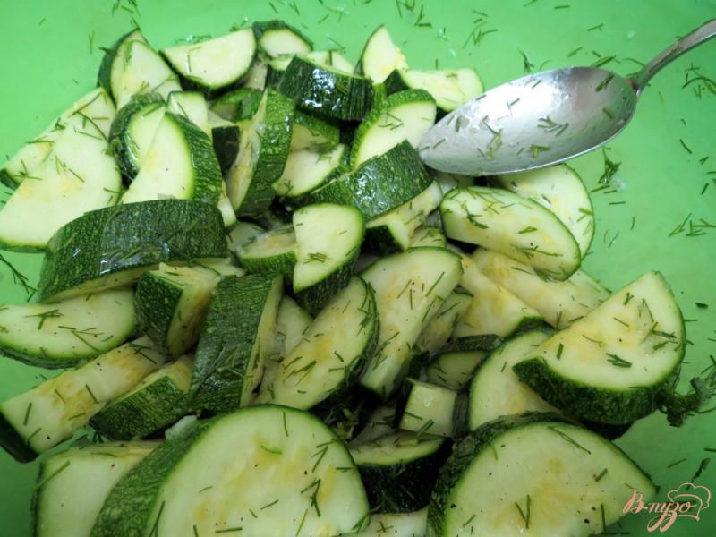Фото приготовление рецепта: Цуккини как грибы шаг №8