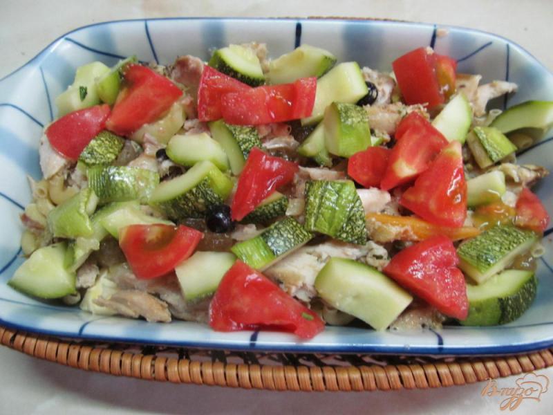 Фото приготовление рецепта: Макаронная запеканка с курицей и овощами шаг №3