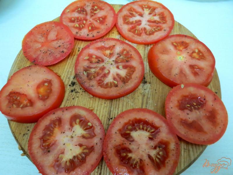 Фото приготовление рецепта: Помидоры жареные, с чесноком шаг №3