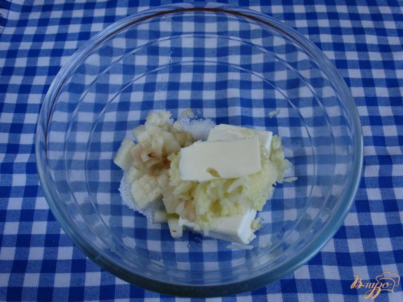 Фото приготовление рецепта: Творожная запеканка с рисом и фруктами на пар шаг №4