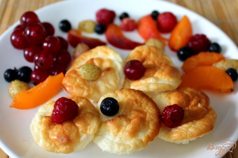 Фото приготовление рецепта: Творожное суфле для детей шаг №6