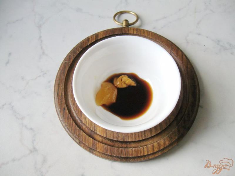 Фото приготовление рецепта: Помидоры в медово - соевом маринаде с чесноком и горчицей шаг №5