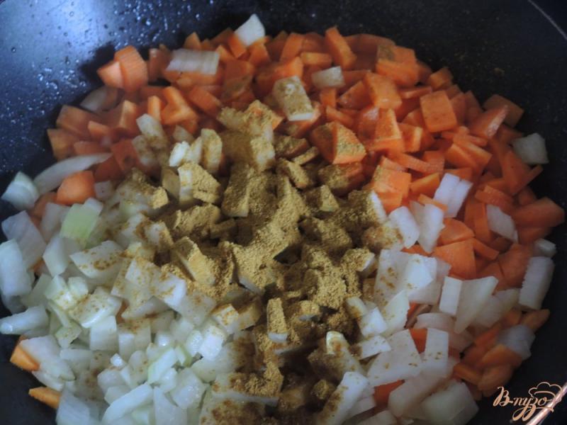 Фото приготовление рецепта: Лёгкий борщ с курицей шаг №3