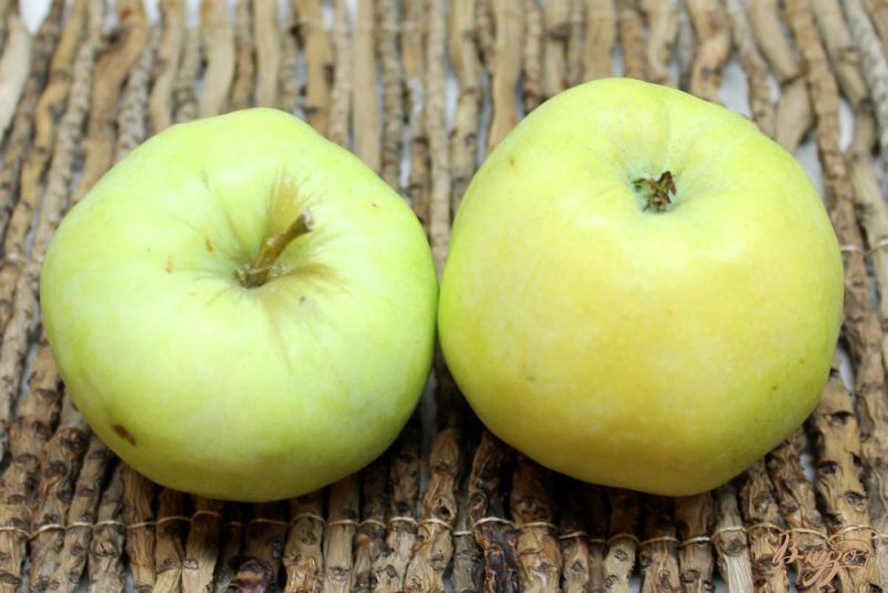 Фото приготовление рецепта: Вареная аджика с яблоками шаг №4