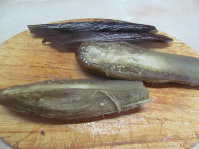 Фото приготовление рецепта: Бабагануш - намазка из баклажанов на завтрак шаг №3