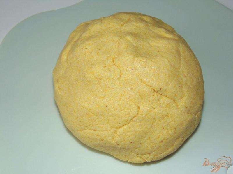Фото приготовление рецепта: Кукурузные лепешки на молоке шаг №3