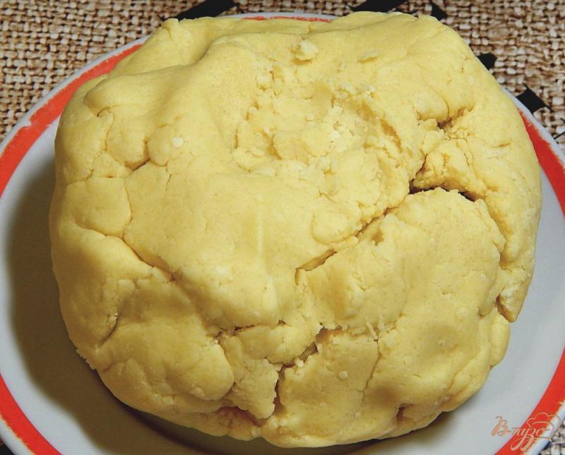 Фото приготовление рецепта: Рассыпчатое песочное печенье шаг №3