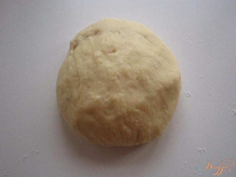 Фото приготовление рецепта: Пицца с курицей на тонком тесте шаг №1