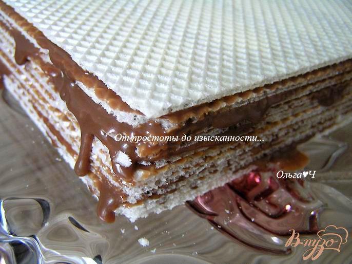 Фото приготовление рецепта: Вафельный торт с шоколадным кремом шаг №4