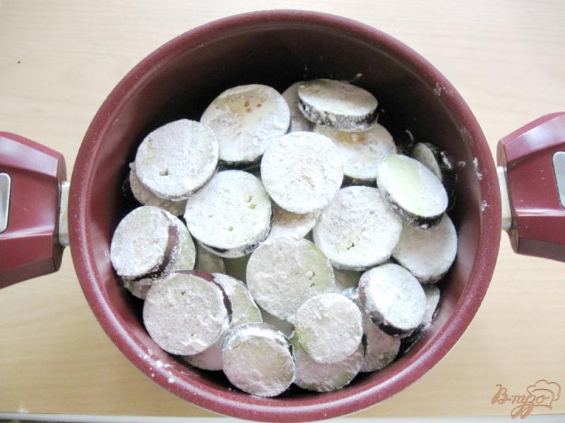 Фото приготовление рецепта: Соте из кабачков и баклажанов шаг №4