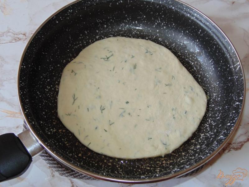 Фото приготовление рецепта: Творожные лепешки на кефире с укропом шаг №7