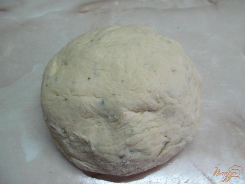 Фото приготовление рецепта: Ирландские картофельные сконы шаг №4
