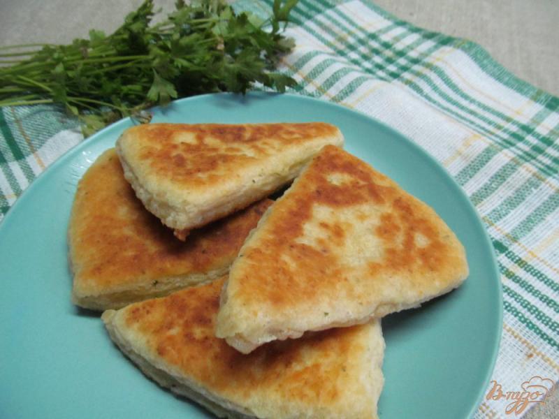 Фото приготовление рецепта: Ирландские картофельные сконы шаг №8