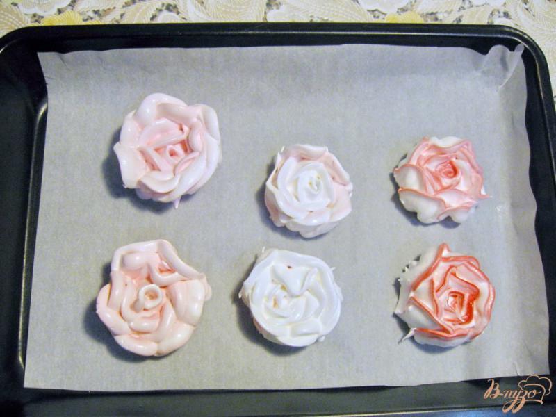 Фото приготовление рецепта: Пирожное из мокрого безе шаг №5