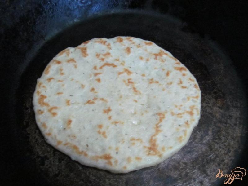 Фото приготовление рецепта: Рисовые лепешки шаг №4