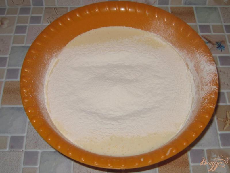 Яйца мука сахар сода