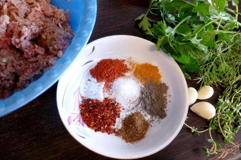 Фото приготовление рецепта: Люля-кебаб с зеленью шаг №1