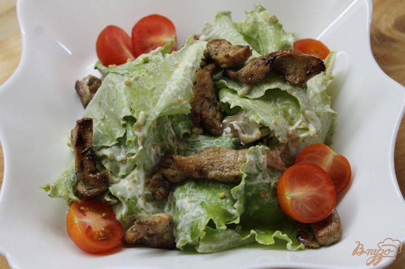 Фото приготовление рецепта: Салат « Цезарь» с курицей и перепелиными яйцами шаг №6