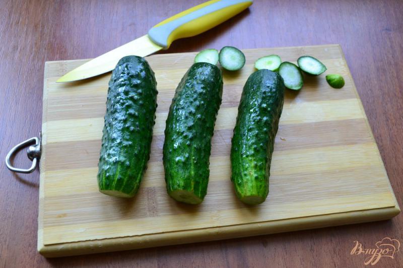 Фото приготовление рецепта: Китайский салат из битых огурцов шаг №1
