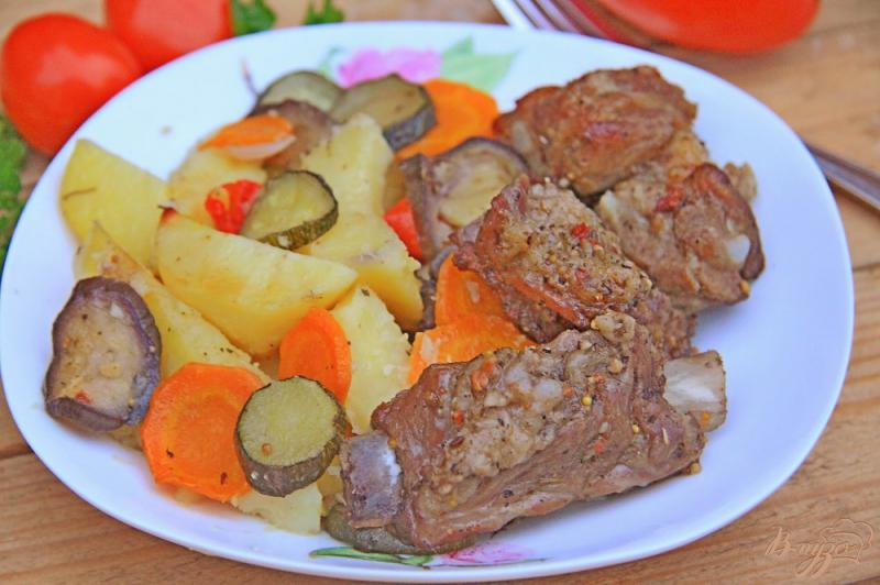 Фото приготовление рецепта: Ребрышки с овощами в рукаве шаг №11