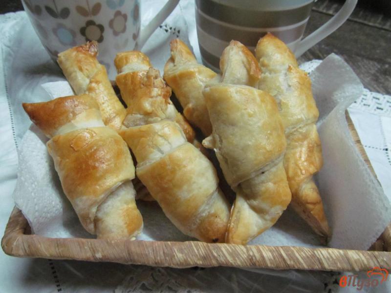 Фото приготовление рецепта: Круассаны с шоколадом шаг №5