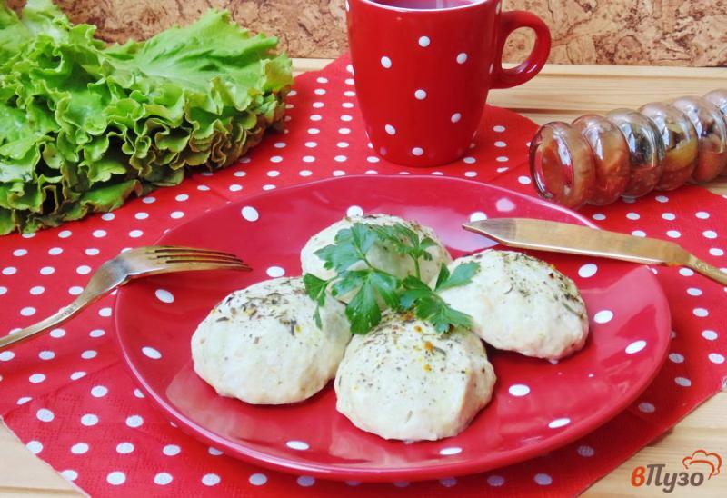 Фото приготовление рецепта: Куриные котлеты с кабачками на пару шаг №8
