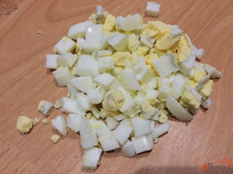 Фото приготовление рецепта: Котлеты с яйцом и сыром шаг №2