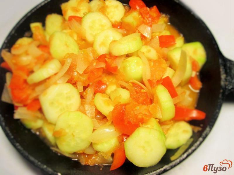 Фото приготовление рецепта: Горячий огуречный суп-поре шаг №6
