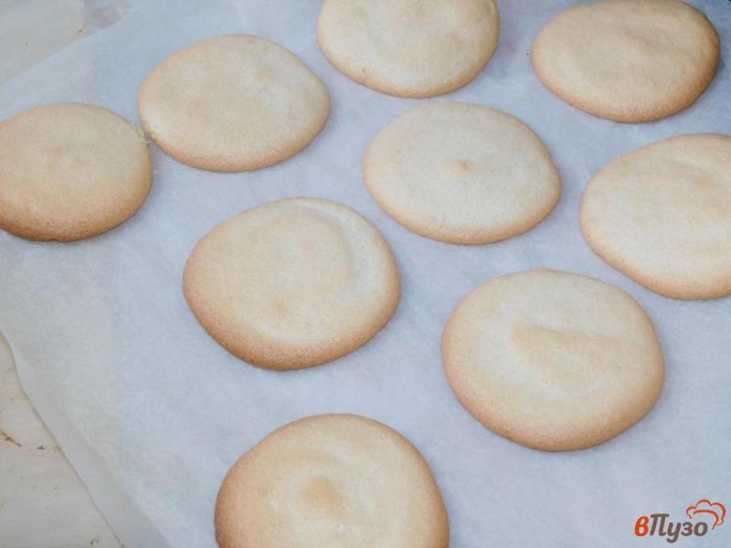 Фото приготовление рецепта: Пирожное «Буше» шаг №4