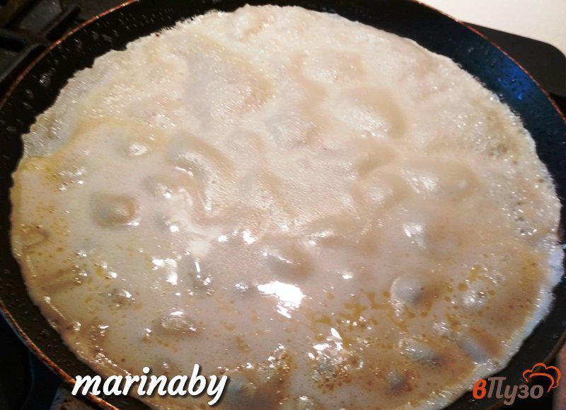 Фото приготовление рецепта: Налистники на молоке шаг №4