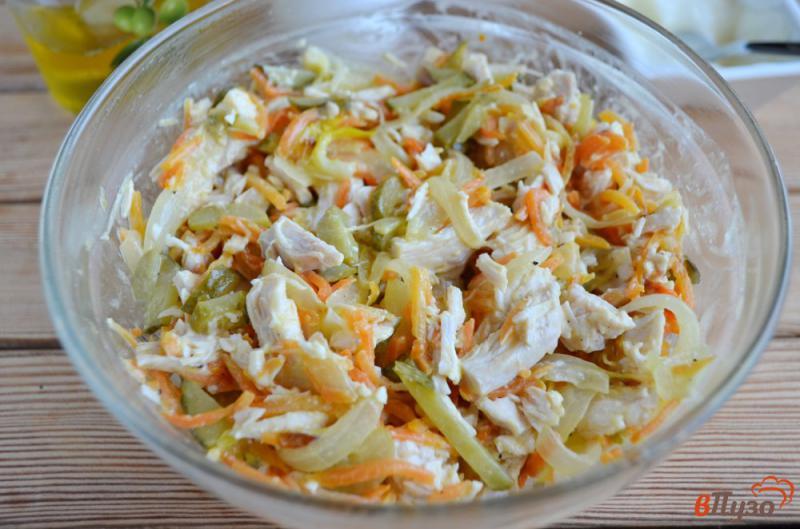 Фото приготовление рецепта: Салат «Обжорка» с курицей шаг №6