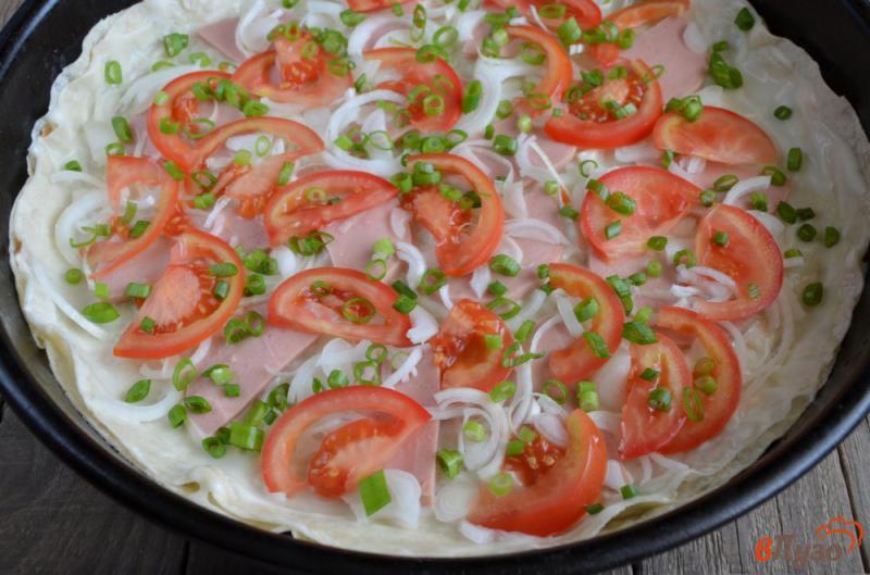 Фото приготовление рецепта: Пицца на лаваше в духовке шаг №4