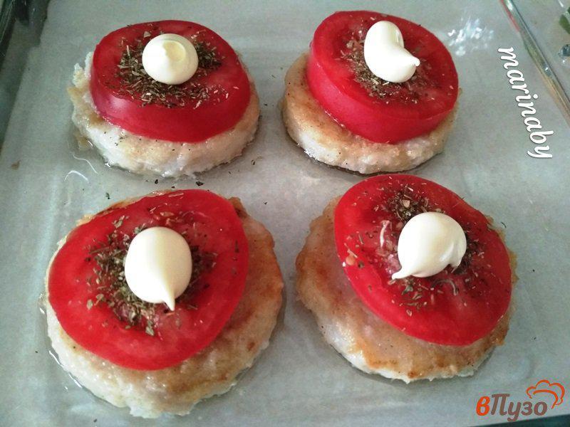 Фото приготовление рецепта: Медальоны из филе хека в духовке шаг №4