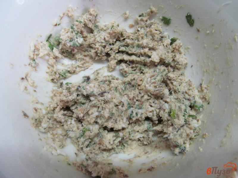 Фото приготовление рецепта: Сливочная намазка со шпротами шаг №4