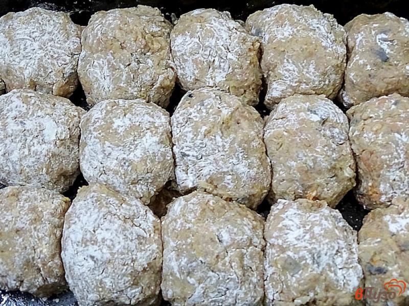 Фото приготовление рецепта: Ленивые голубцы рисом,фаршем и грибами шаг №8