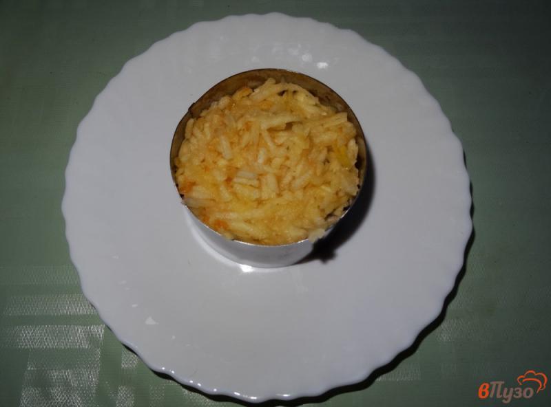 Фото приготовление рецепта: Салат с сельдереем, яблоком и сыром шаг №8