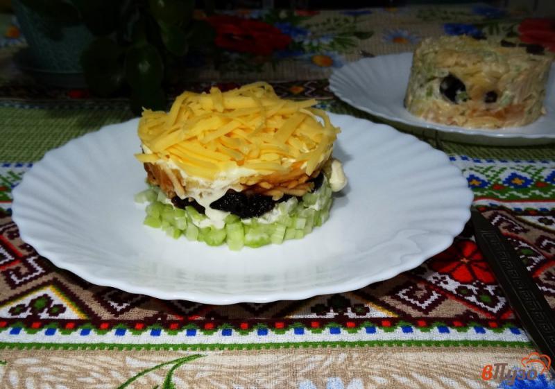 Фото приготовление рецепта: Салат с сельдереем, яблоком и сыром шаг №16