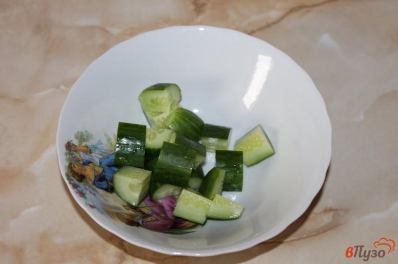 Фото приготовление рецепта: Салат из рукколы с брынзой шаг №1