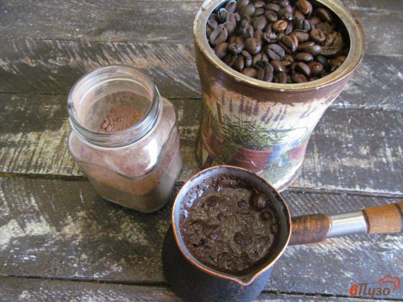 Фото приготовление рецепта: Шоколадный пирог с мандарином и сухофруктами шаг №1