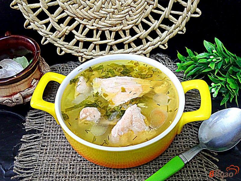 Фото приготовление рецепта: Суп с лососем и рисом шаг №7