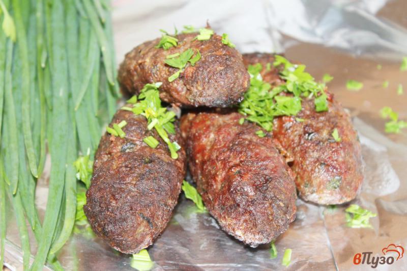 Фото приготовление рецепта: Люля кебаб из свинины с зеленью шаг №6
