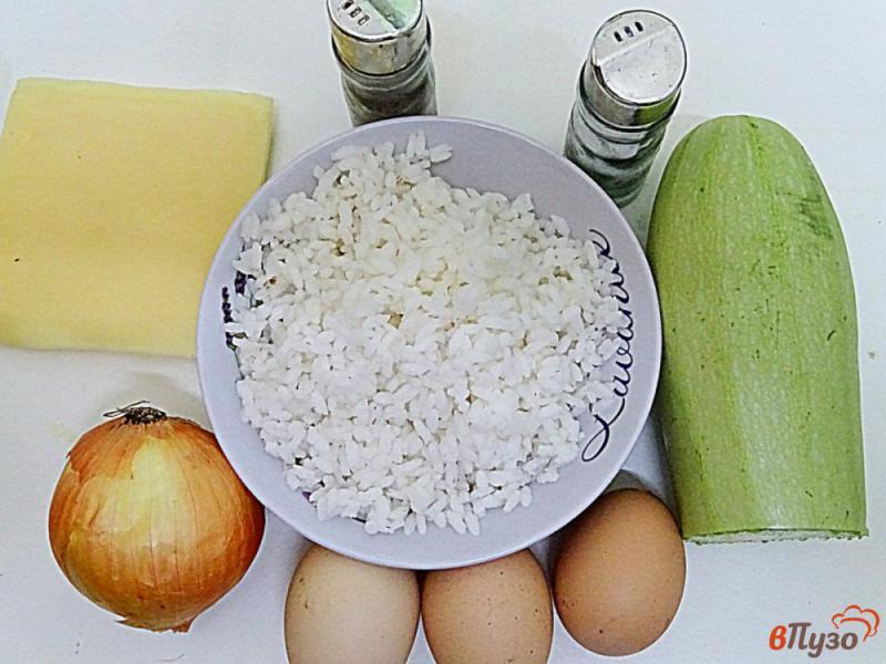 Фото приготовление рецепта: Запеканка из кабачков и риса шаг №1
