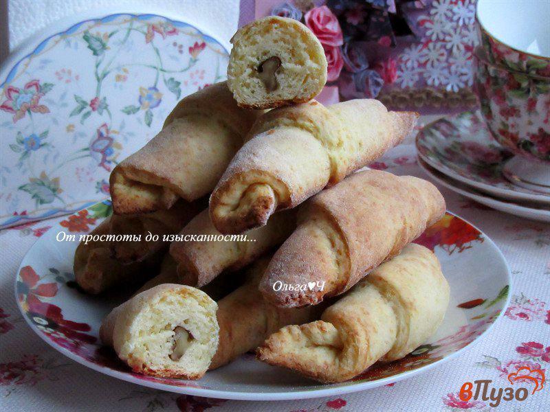 Фото приготовление рецепта: Творожные трубочки с грецкими орехами шаг №6
