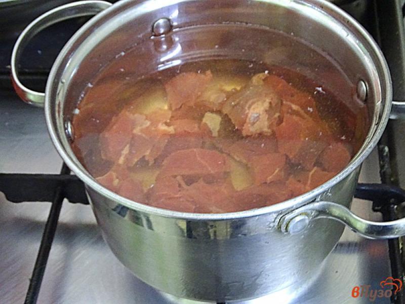 Фото приготовление рецепта: Диетическая тушёная говядина с овощами шаг №2