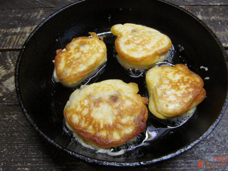 Фото приготовление рецепта: Ленивые пирожки с куриной печенью шаг №8