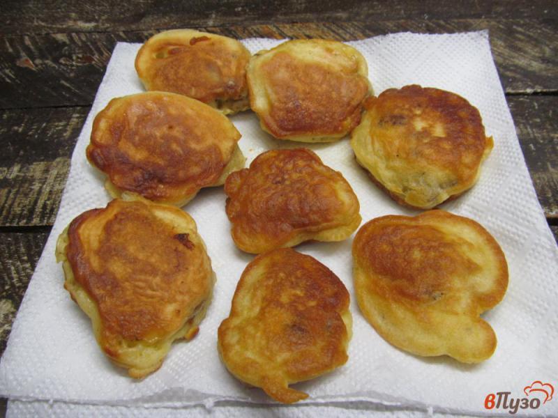 Фото приготовление рецепта: Ленивые пирожки с куриной печенью шаг №9